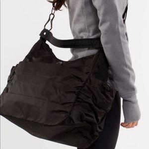 Lululemon Arabesque Black Seabed Bag with Shoe Bag